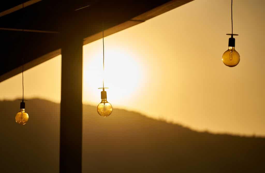 Comment choisir lampe solaire extérieure ?